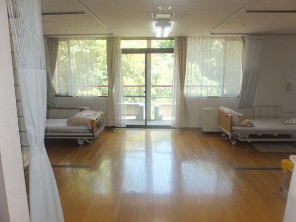 4人部屋個室