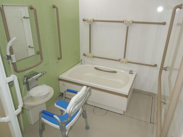 浴室個浴でゆっくり入浴